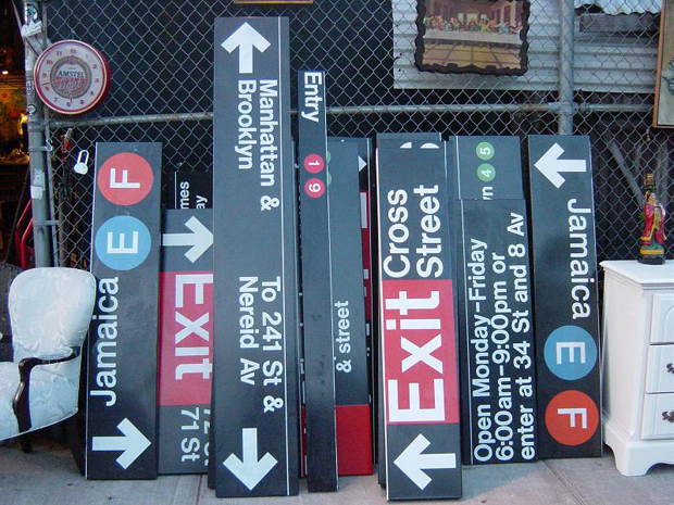 subway signs