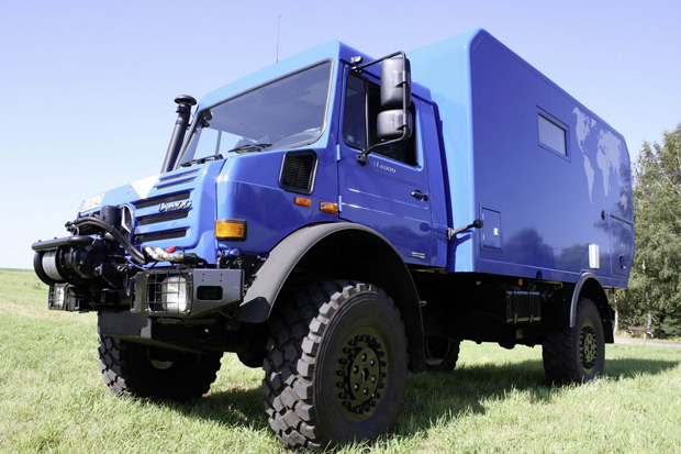 Mercedes Unimog