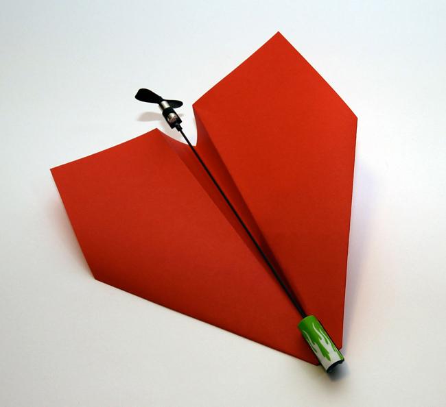 Paper-electric-plane