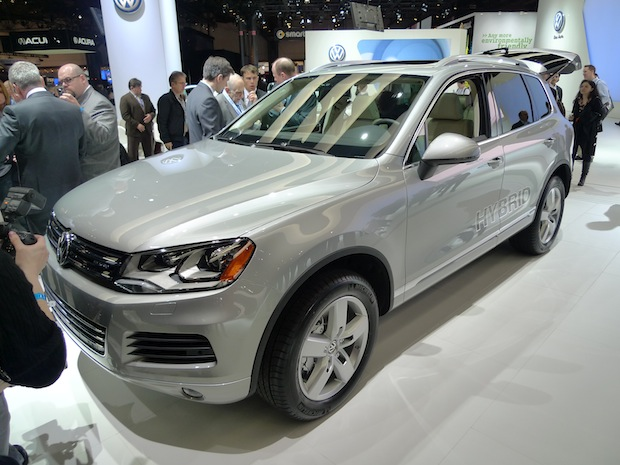 Volkswagen 2011 Touareg Hybrid