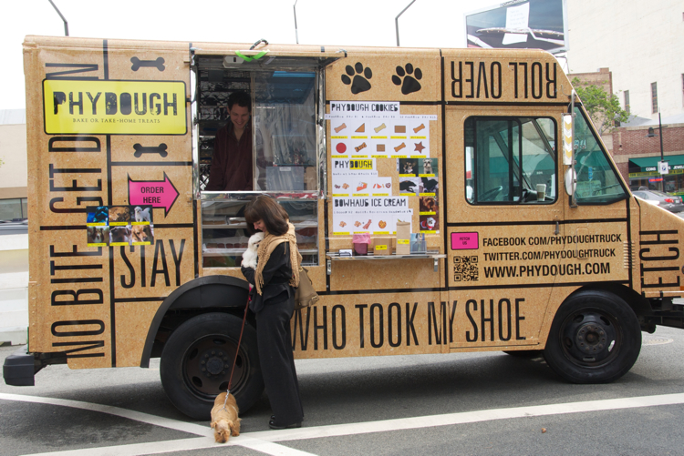 Doggies who lunch get their own stylish food truck co for How to design a food truck