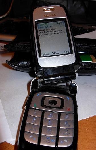 broken Nokia