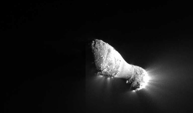 NASA comet image
