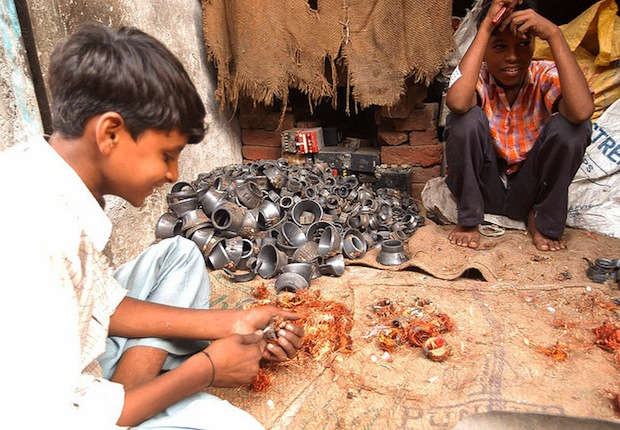 Indian kids with ewaste