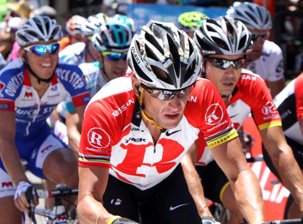 Lance Armstrong racing
