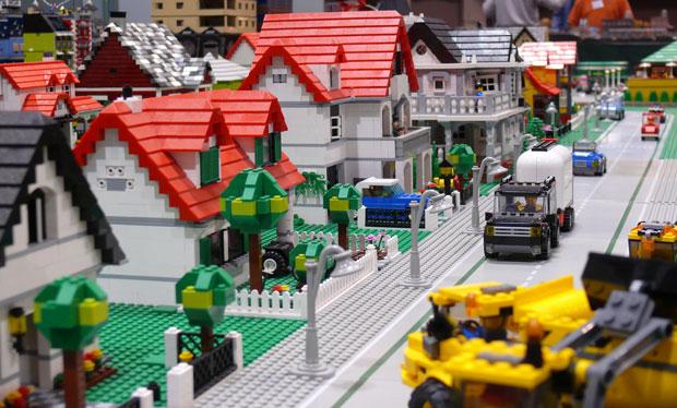 Lego Surburbia
