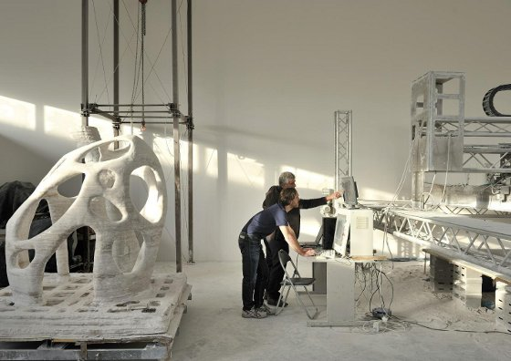 tp://www.fastcompany.com/1579263/3-d-printing-whole-buildings-stonein-space-printer-rocks