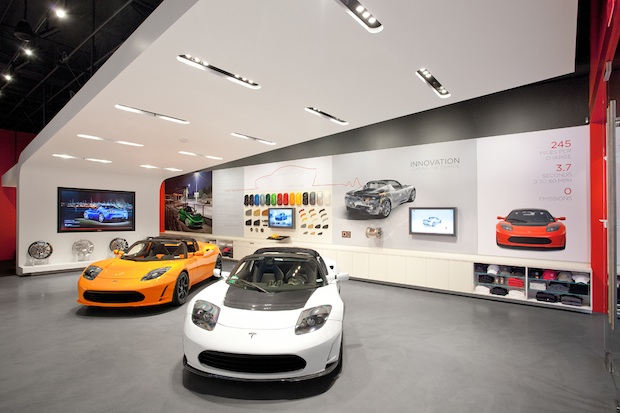 Exclusive Tour Of Tesla 39 S Showroom With Apple 39 S Retail