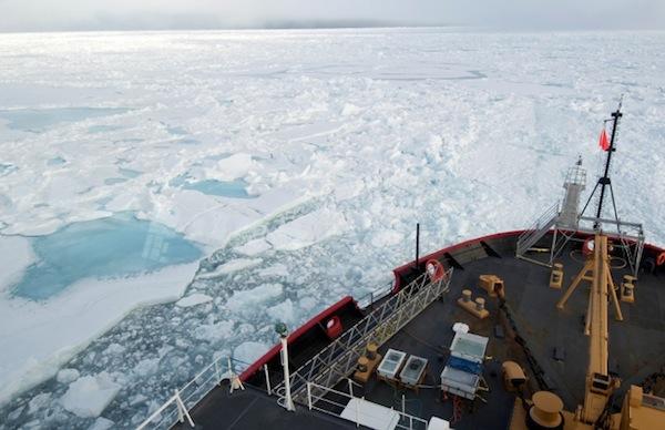 NASA Healy icebreaker