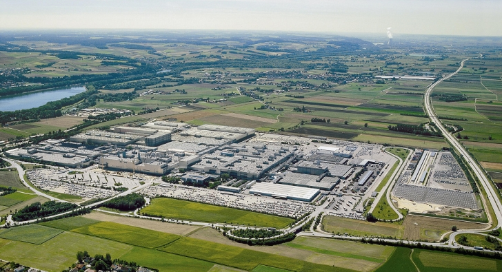 Bmw S New Plant Built With Aging Workforce In Mind