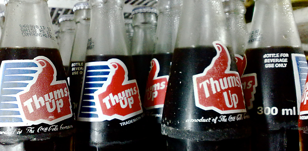 coke thumbs up