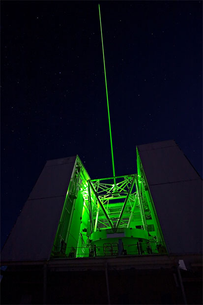 Green lasers help astronomers improve view
