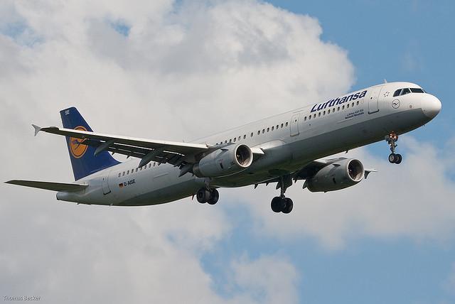 Lufthansa jet