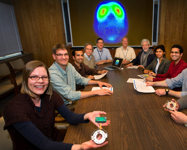 Brookhaven team with wearable PET scanner