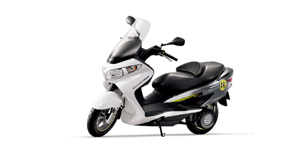 Suzuki Burgman Fuel-Cell Scooter