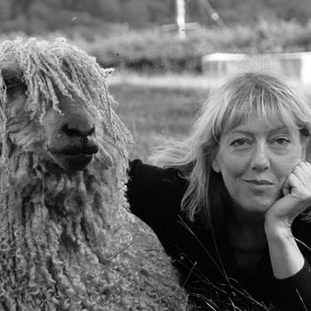 Izzy Lane founder Isobel Davies