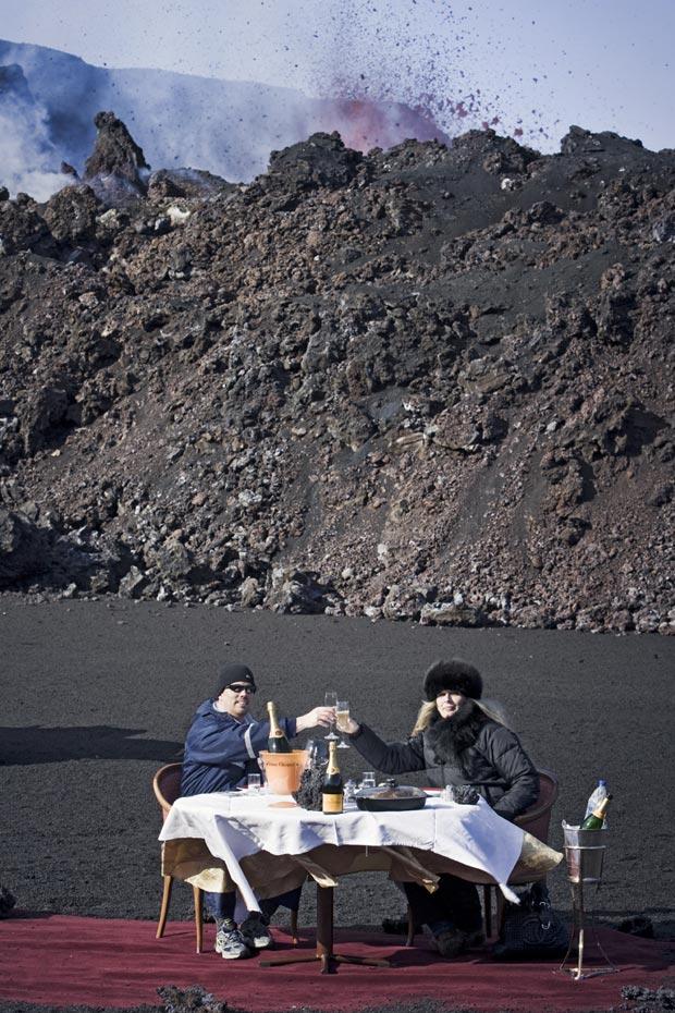 volcano dining