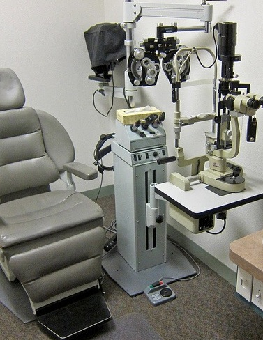 Eye doctor equipment