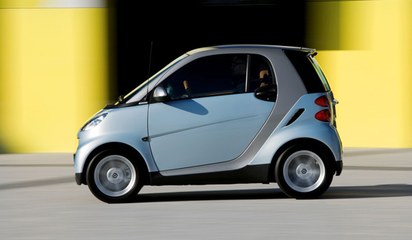 Small Car Ups : Daimler renault to team up on small car hybrid and